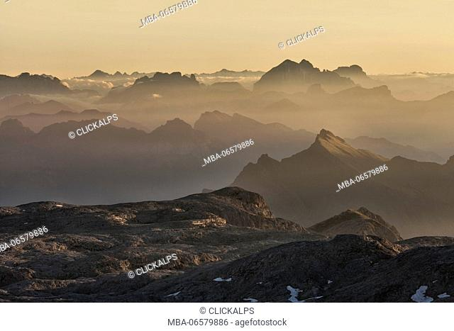 Europe, Italy, Trentino, Sunrise on the plateau of the Pale di San Martino (Pala group), Dolomites