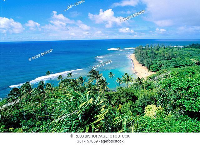 Ke'e Beach from the Kalalau Trail. Na Pali Coast. Kauai. Hawaii. USA