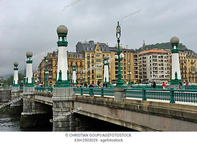Zurriola or Kursaal bridge across the Urumea River mouth, San Sebastian, Bay of Biscay, province of Gipuzkoa, Basque Country, Spain, Europe