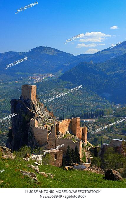 Sierra de Cazorla, La Iruela. Castle, Sierra de Cazorla Segura y las Villas Natural Park, Jaen Province, Andalusia, Spain