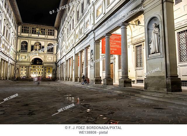 Palace of Cosimo, Piazzale degli Uffizi, Firenze, Italy