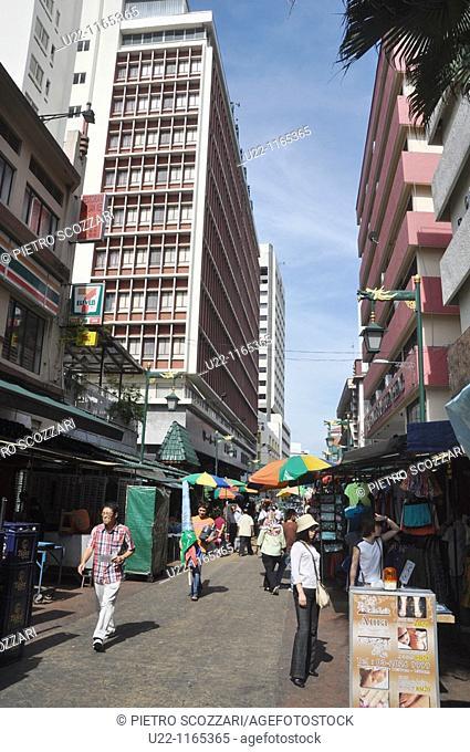 Kuala Lumpur (Malaysia): street in Chinatown