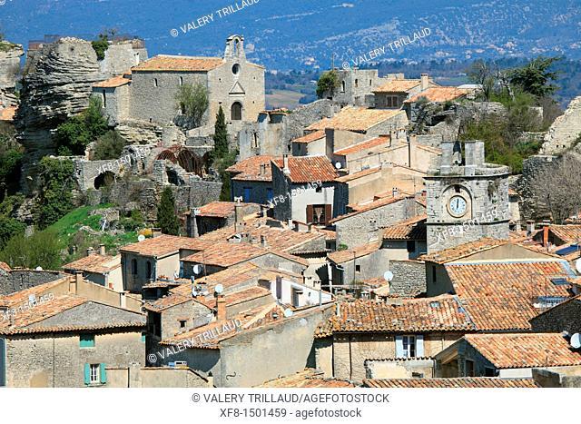 The Provence village of Saignon, Vaucluse, Luberon, Provence-Alpes-Côte d'Azur, France, Europe