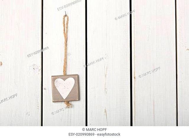 Herz zur Dekoration auf Holz