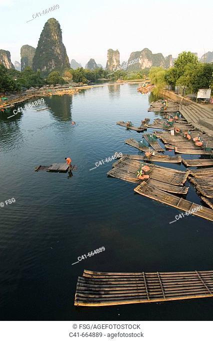 Li River. Yangshuo, Guangxi, China
