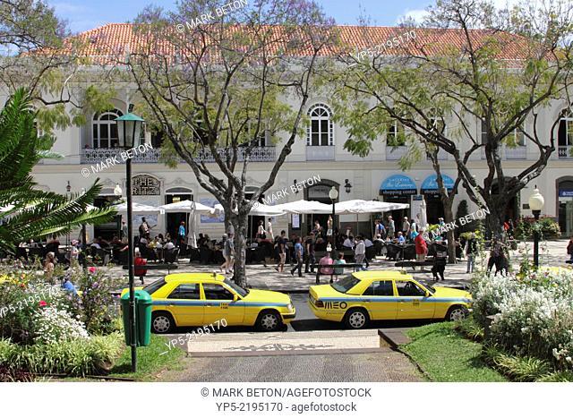 Taxis at Avenida Arriaga Funchal Madeira