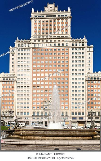 Spain, Madrid, Gran Via, Plaza of Spain, Edificio Espaoa built in 1953 by architect Julian Otamendi