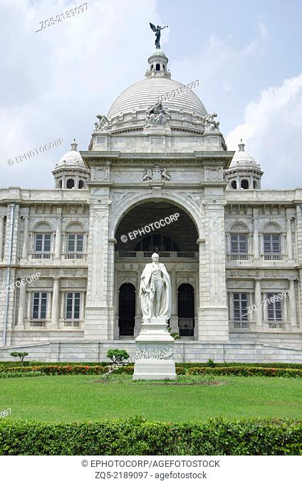 Partial view of the Victoria Memorial with statue of Lord Curzon, Kolkata, West Bengal, India