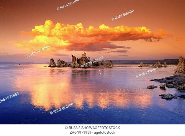 Tufa formations at sunset on the south shore of Mono Lake, Mono Basin National Scenic Area, California USA