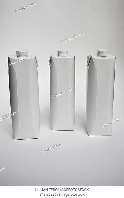 White tetra-briks