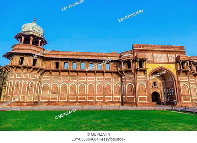 India: Agra Red Fort, a Unesco World Heritage site, and one of the biggest tourist highlights, just 2 km of Taj Mahal. Built by several Mughal emperors from XV...
