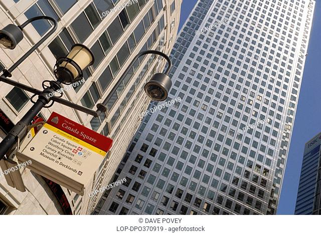 England, London, Canary Wharf, 1 Canada Square in the Canary Wharf financial district