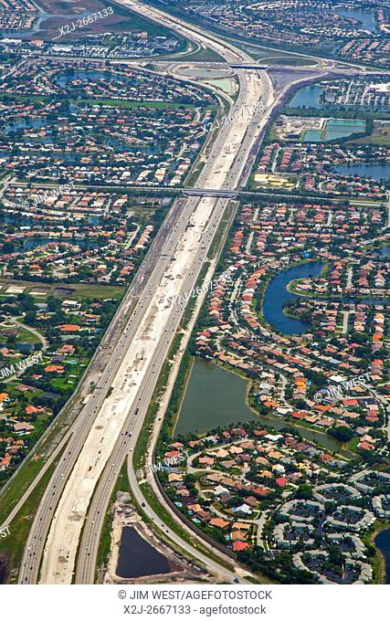 Fort Lauderdale, Florida - Interstate 75 in the suburbs west of Fort Lauderdale. The highway is under construction with express lanes being added in the median