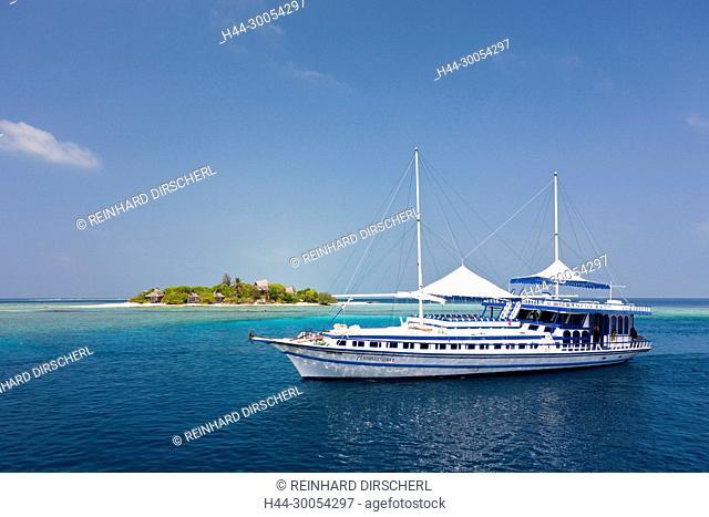 Liveaboard Hammerhead 2, South Male Atoll, Maldives