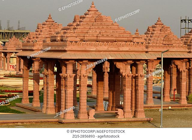 BAPS Shri Swaminarayan Mandir Pune Maharashtra