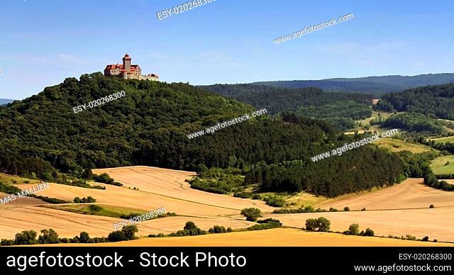 Thüringer Landschaft mit Wachsenburg