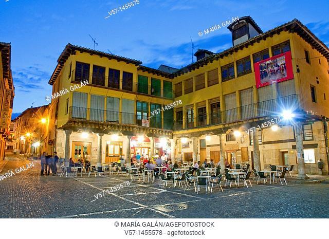 Main Square, night view. Tordesillas, Valladolid province, Castilla León, Spain