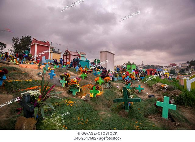 Guatemala, Chichicastenango, Day of the Dead celebrations in the cemetery