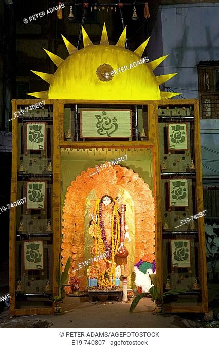 Sarasvati hindu goddess, Sarasvati festival, Kolkatta (Calcutta). West Bengal, India
