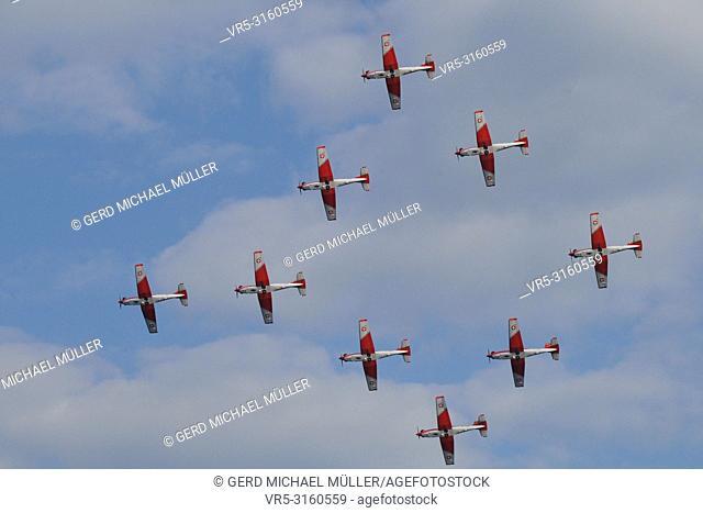 """Switzerland: air show with Pilatus Porter airplane flying over Zürich City at """"""""Zürifäscht"""""""""""