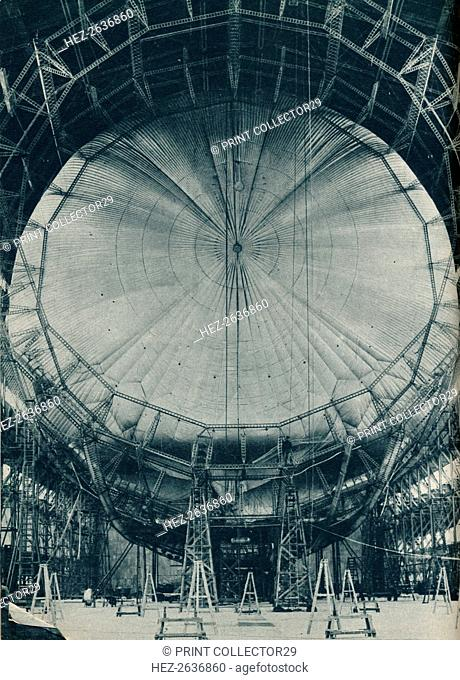 The internal structure of the airship R101, c1929 (c1937). Artist: Unknown