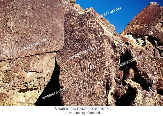Petroglyphs. Eastern Sierras. California. USA