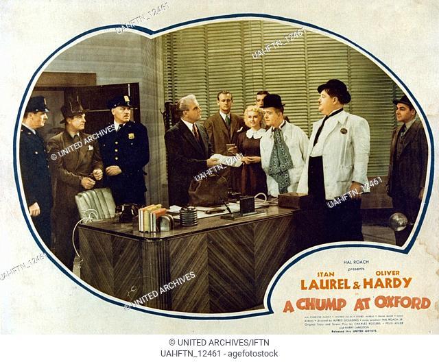 A Chump At Oxford, aka: Laurel & Hardy - In Oxford, USA 1940, Regie: Alfred J. Goulding, Darsteller: Stan Laurel, Oliver Hardy