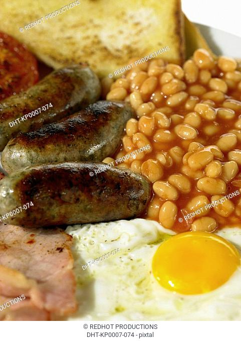 Food - British Breakfast, Bacon, Eggs, Sausage, Beans