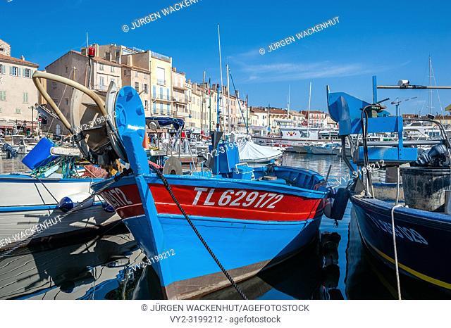 Fishing boats in the harbor, Saint-Tropez, Var, Provence-Alpes-Cote d`Azur, France, Europe