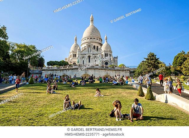 France, Paris, the hill of Montmartre and the Sacre C?ur