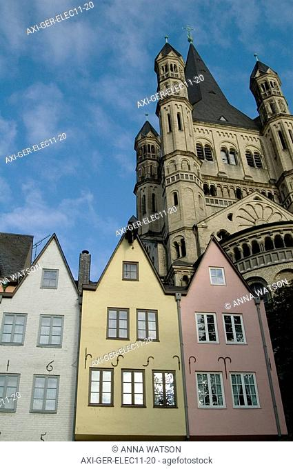 Gabled buildings at Fischmarkt with Gross St Martin behind