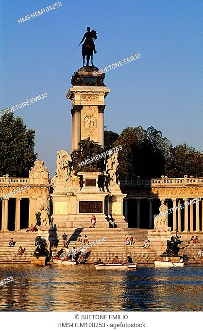 Spain, Madrid, Retiro park, Alfonso XIII memorial