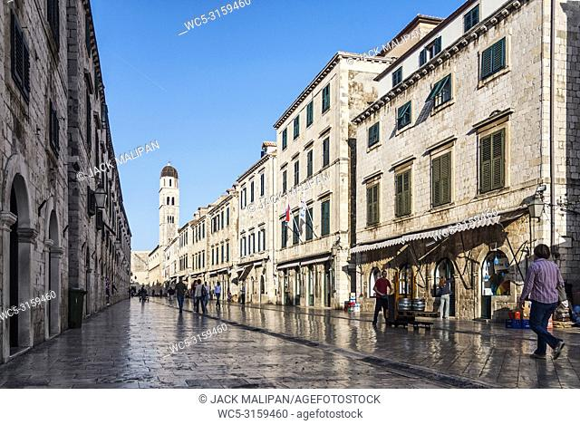 street in famous historic balkan old town of dubrovnik croatia