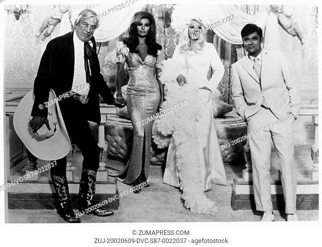1970, Film Title: MYRA BRECKINRIDGE, Director: MICHAEL SARNE, Studio: FOX, Pictured: JOHN HUSTON, REX REED, MICHAEL SARNE, RAQUEL WELCH