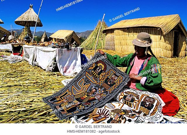 Peru, Puno Department, descendants of the indians Uros live on totora floatting islands on the Titicaca lake, mainly from the tourism