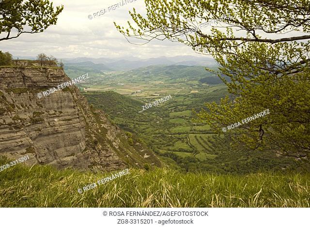 Valley of Nervion River, Berberana, Monte Santiago Natural Park, Las Merindades, province of Burgos, Spain