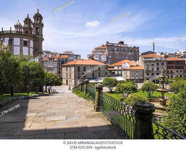 Iglesia de la Peregrina y jardines de Castro Sampedro. Pontevedra. Galicia. España