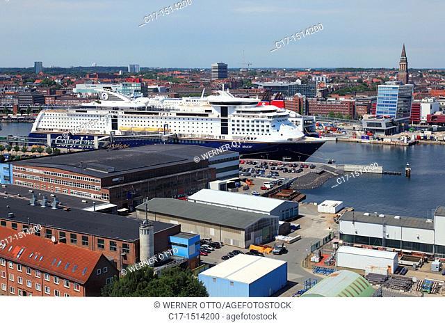 Germany, Kiel, Kiel Fjord, Baltic Sea, Schleswig-Holstein, panoramic view across the Kiel harbour to the city centre, harbour buildings, storehouses, warehouses