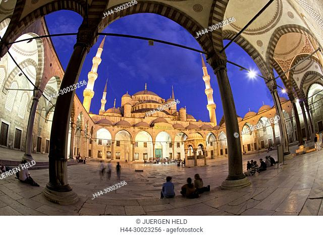Blue Mosque at twilight , Istanbul, Turkey Moschee