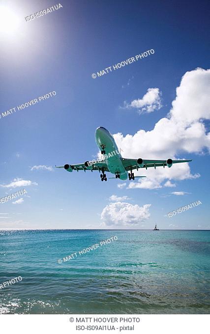 Plane landing, Mullet Bay, St Maarten Island, Netherlands