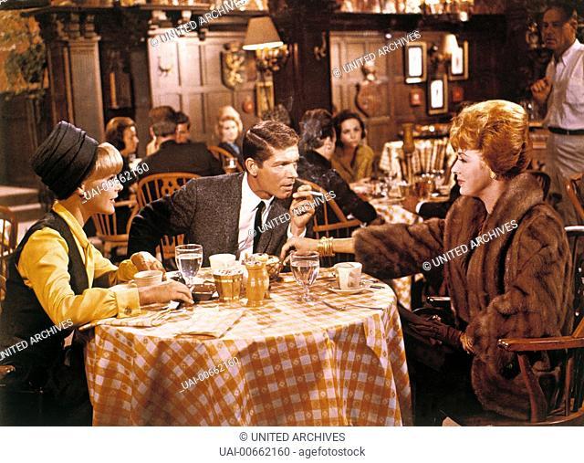 ... DENN KEINER IST OHNE SCHULD / The Oscar USA 1965 / Russell Rouse ELKE SOMMER (Kaye Bergdahl), STEPHEN BOYD (Frankie Fane) und ELEANOR PARKER (Sophie...
