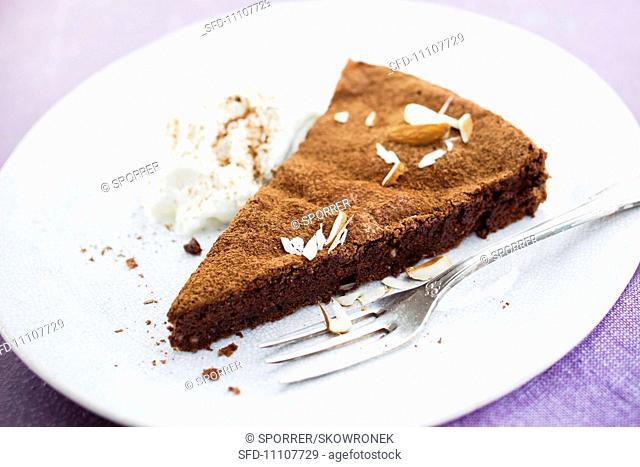Gateau au chocolat with almonds