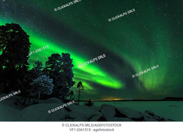 Norther Lights (Auora Borealis), Inari Lake, Lapland, Finland