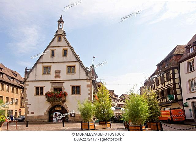 France,Bas Rhin,Obernai,market square,the old corn exchange house