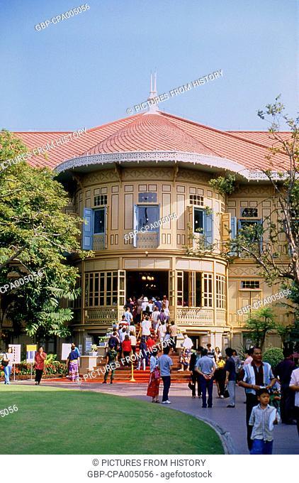 Thailand: Vimanmek Mansion, Dusit Park, Bangkok