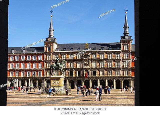 Equestrian monument of King Felipe III on Plaza Mayor. Madrid city, Spain. Europe
