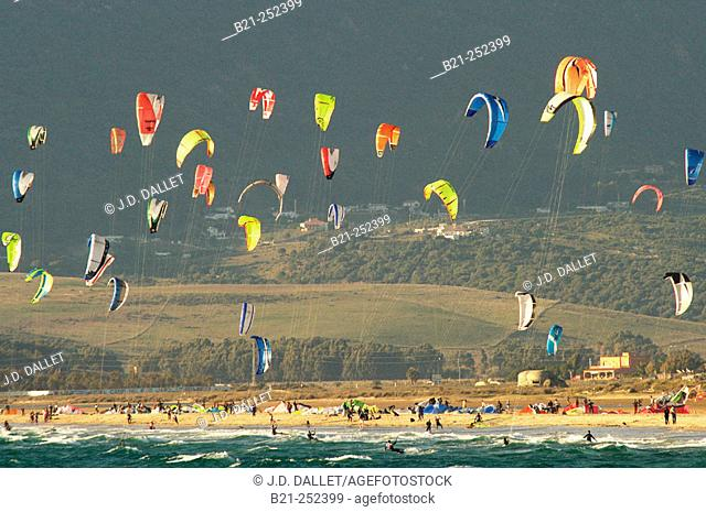 Kite-surfing. Tarifa, Cádiz province. Spain