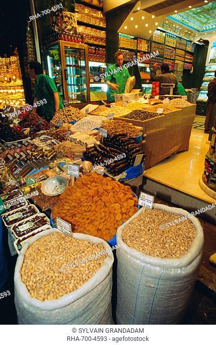 Food shop, Grand Bazaar, Istanbul, Turkey, Eurasia