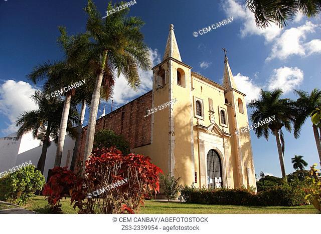 Parroquia de Santa Ana Church, Merida, Yucatan Province, Mexico, Central America