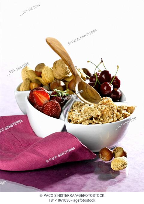 cereal bowl nuts and berries